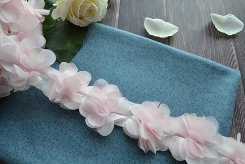 • Шифоновый розовый цветочек Ширина:  4  см.  Цена указана за 1 шт.