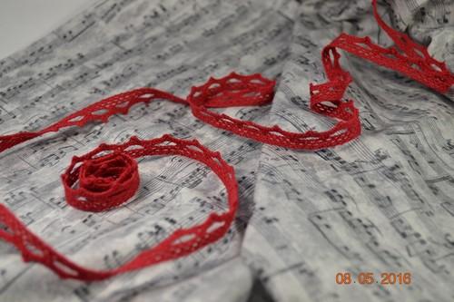 Кружево красное • M089