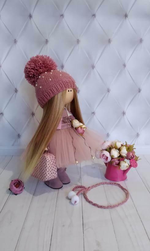 Авторская кукла. Трессы искусственных волос.