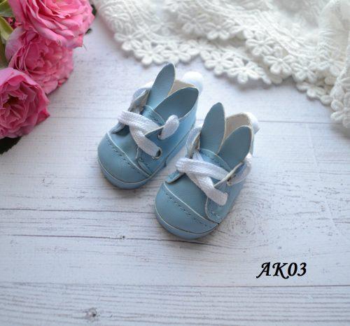 • Туфельки голубые. Размер 5.5 * 2,8 см Цена указана за 1 пару.
