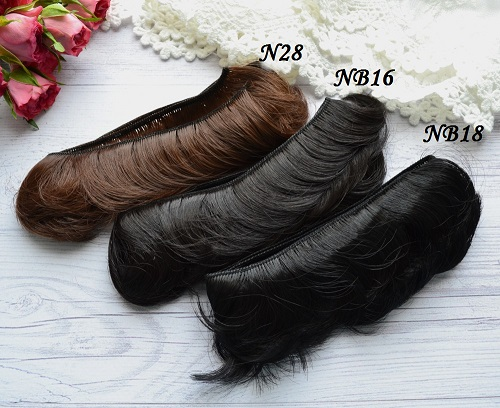 • <h5>Волосы для кукол прямые черные</h5> Длина волос 5 см, ширина треса 1 метр. Цена указана за 1 метр.
