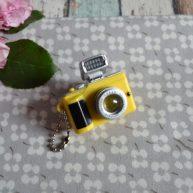 Мини фотоаппарат для куклы желтый