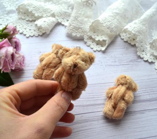 Мишка для куклы 6см светло коричневый • ALB04