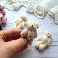 Мишка для куклы 6см бежевый