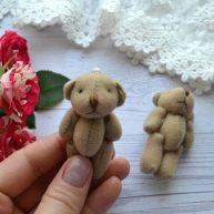 Мишка для куклы коричневый 6см