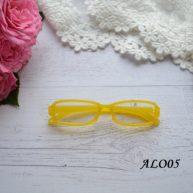 Очки  для куклы желтые 8*2см ALO05