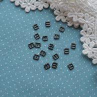 Мини пряжка для кукольной одежды 6*5мм черное серебро 4шт.