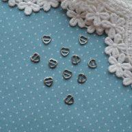 Пряжка сердечко для кукольной одежды серебро —