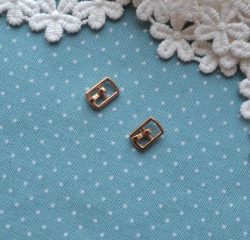 Пряжка для кукольной одежды 6*10мм золото • MF54