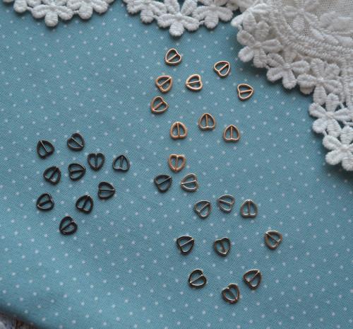 Пряжка серебряное сердечко для кукольной одежды 6*6мм | • MF58 1