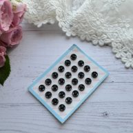 Кнопка пришивная черная для кукольной одежды 6мм MF69