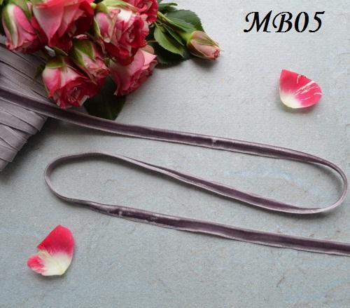 Лента бархатная фиолетовая • MB05