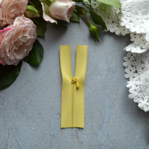 Молния для кукольной одежды 9см желтая • az916
