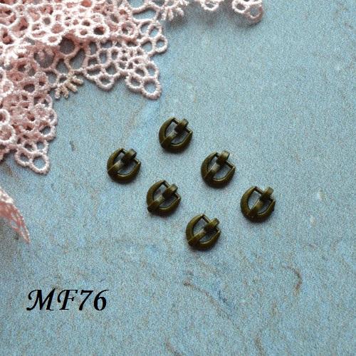 • Пряжка  бронза. Размер  6*5 мм Внутренний размер 4мм.  Цена указана за 2 шт.