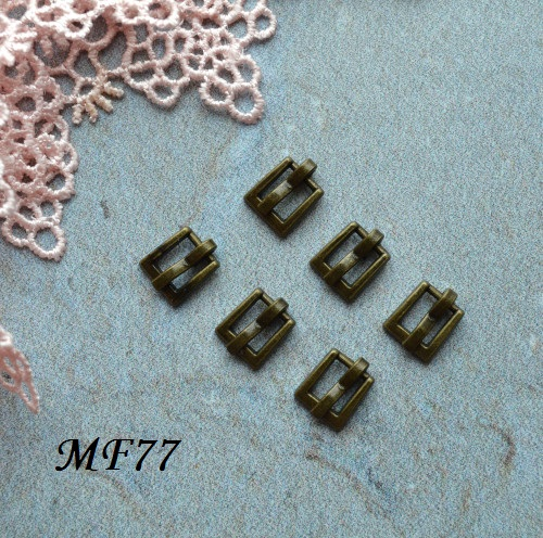 • Пряжка  бронза. Размер  7*7 мм Внутренний размер 4мм.  Цена указана за 2 шт.