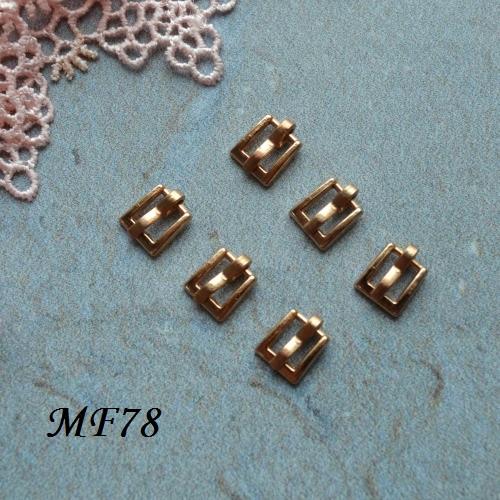 • Пряжка золото. Размер 7*7 мм Внутренний размер 4мм. Цена указана за 2 шт.