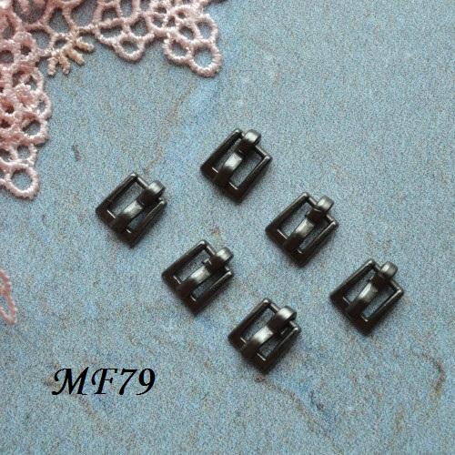 • Пряжка черное серебро. Размер 7*7 мм Внутренний размер 4мм. Цена указана за 2 шт.