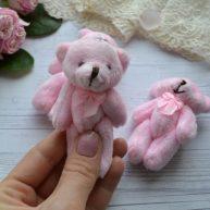 Мишка для куклы 8см розовый