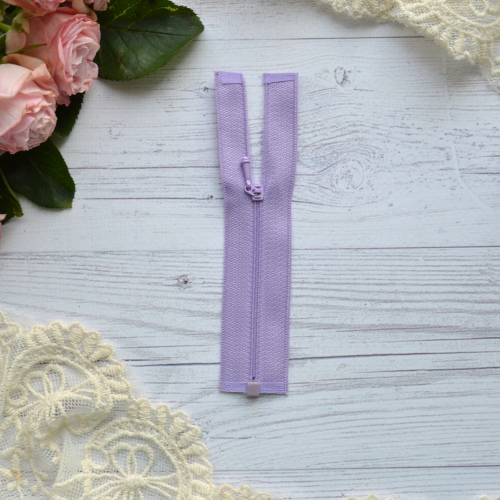 • Молния фиолетовая. Размер 11 * 2,6 см Цена указана за 1 шт.
