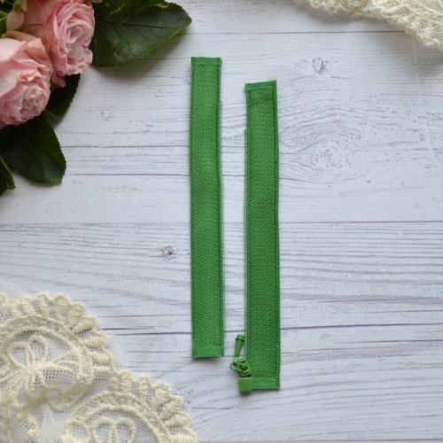 • Молния зеленаяая. Размер 11 * 2,6 см Цена указана за 1 шт.