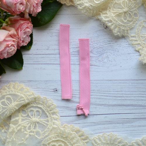 • Молния розовая. Размер 8 * 2,4 см Цена указана за 1 шт.
