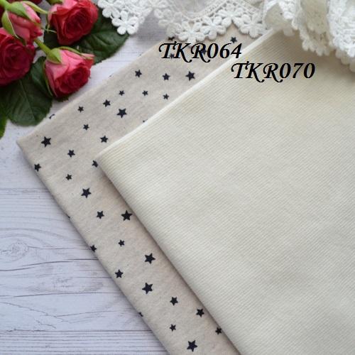 • Трикотаж для одежды с черными звездочками.  Ширина ткани 155см.  Размер звездочки 6*7мм. Цена указана за 1 отрез 1 отрез – 22*50см 2 отреза - 44*50см 3 отреза - 66*50см  4 отреза - 88*50см …