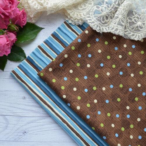 • Хлопковая ткань для рукоделия и пэчворка.  Американский хлопок в разноцветную полоску.  Ширина ткани: 110см.  Цена указана за 1 отрез.  1 отрез – 24*82см.
