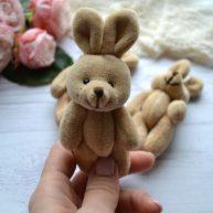 Зайка для куклы коричневый 12см
