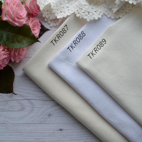 • Трикотажная резинка для одежды кукле. Ширина ткани 118см. (труба 59см) Цена указана за 1 отрез 1 отрез – 16*59см 2 отреза - 16*118см 3 отреза - 16*118см + 16*59см 4 отреза - 32*118см …