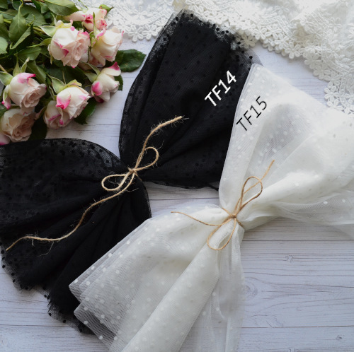 • <h5>Фатин средней жескости </h5> Ширина ткани 160 см. Цена указана за 1 отрез 1 отрез – 30*80см. 2 отреза - 30*160см ... 4 отреза- 60*160см …