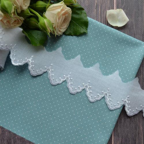 • Кружево прошива для шитья белое. Ширина: 40 мм. Цена указана за 1 метр.