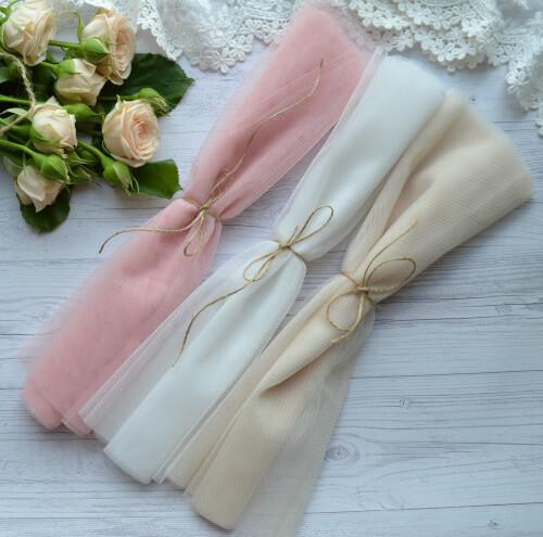 • <h5>Фатин средней жескости розовый</h5> Ширина ткани 160 см. Цена указана за 1 отрез 1 отрез – 30*80см. 2 отреза - 30*160см ... 4 отреза- 60*160см …