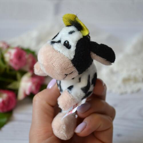 • Игрушка для куклы Коровка. Размер 11 см. Цена указана за 1 шт.