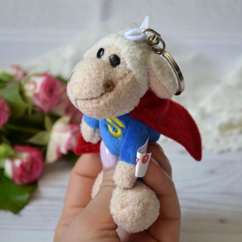 • Игрушка для куклы Овечка супермен. Размер 11 см. Цена указана за 1 шт.