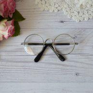 Очки для куклы с серебряной оправой 8*3см ALO22